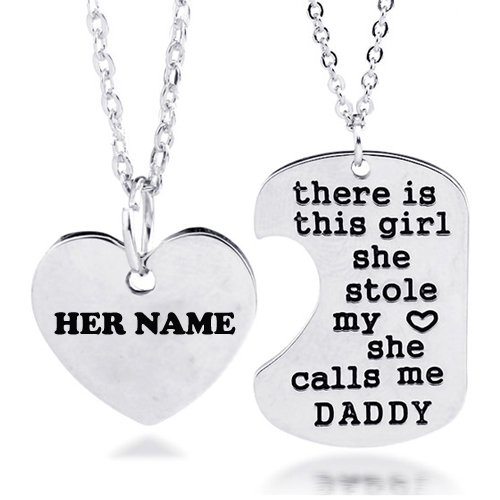 Write Girl Name on Beautiful Silver Necklace Picture