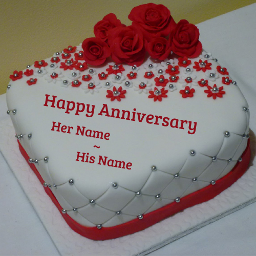 Beautiful Cake For Anniversary With Roses and Your Name