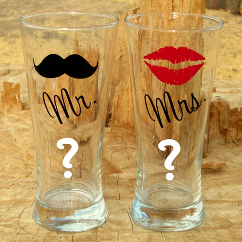 Personalized Mr and Mrs Pilsner Glasses With Alphabet